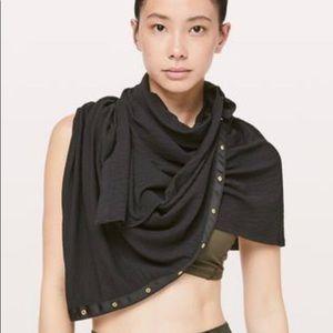 Lululemon vinyasa scarf in Black